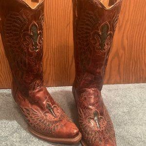 Corral snip toe cowboy boots